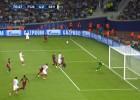 Vitolo se quejó tras el penalti de Mathieu: pedía la tarjeta roja
