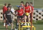 Óliver Torres y Gámez se entrenan al margen del grupo