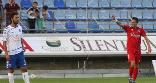 El Numancia vence, convence y golea a un Tenerife por mejorar