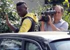Balotelli no podrá trasnochar, fumar o llevar peinados raros