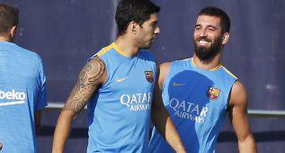 Último entrenamiento del Barça antes de viajar a Mónaco