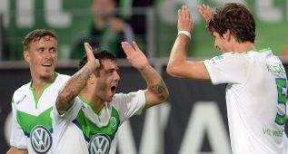 El Wolfsburgo aplasta al Schalke y lidera la Bundesliga