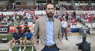 """Pablo Machín: """"Hemos de tener los pies en el suelo"""""""