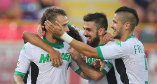 Un gol de Floro Flores pone líder al Sassuolo en Italia