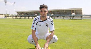 El Albacete presenta a Jason, mediapunta del Levante