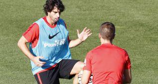 Tiago y Filipe Luis siguen aparte