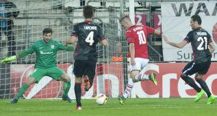 El Athletic perdona y lo paga con la derrota en Alkmaar