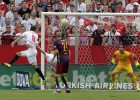La crítica señala a la defensa del Barça: