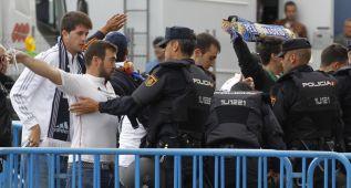 Cacheos a los aficionados del Real Madrid en el Calderón