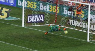 Keylor Navas paró un penalti y arregló el error de Sergio Ramos