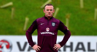 Homenaje a Rooney y visita a vida o muerte de Estonia