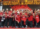 Los jugadores de Albania son recibidos como héroes