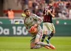 Un portero de 16 años sienta a Diego López en el Milán