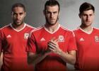 Gales jugaría su primera Eurocopa con esta camiseta