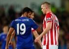Costa insinuó que 'olía mal' y gana un año de desodorante