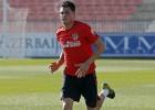 Giménez y Juanfran ya tocaron balón, pero siguen aparte
