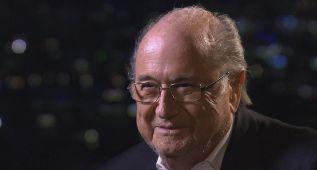 Die Welt: Blatter también podría ser suspendido de por vida
