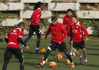 Zé Castro se entrenó ayer, pero es duda para el Bernabéu
