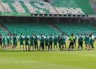 Pepe Mel volvió al trabajo con overbooking: 29 jugadores aún