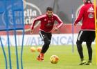 Augusto Fernández volvió a los entrenamientos... con el Celta