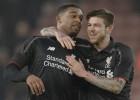 El Liverpool vence con un gol de Ibe y pone un pie en la final