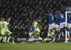 El Everton toma ventaja ante el City pese al gol de Navas
