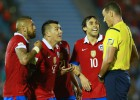 La FIFA sanciona con 4 partidos a Valdivia y con 2 a Vargas