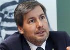 De Carvalho: