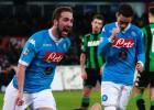 Higuaín y Callejón mantienen al Nápoles en lo más alto