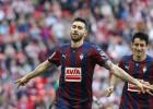 Borja Bastón, con 14 goles, llama a la puerta del Atlético