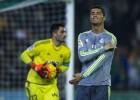 Zidane se estrella contra Adán