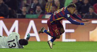 """""""Neymar quédate"""" y """"Neymar, Neymar"""" en el Camp Nou"""