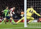El Arsenal deja escapar dos puntos por su falta de acierto