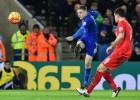 Vardy mantiene al Leicester en lo más alto a base de golazos