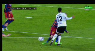 Dura entrada de Mathieu a Danilo: se quedó sin sanción