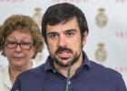 Un senador de Podemos rehusa una invitación al Bernabéu