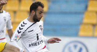 El Oviedo despierta a tiempo y rescata un empate de Albacete