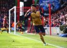 El Arsenal vence e iguala al Tottenham en la segunda plaza
