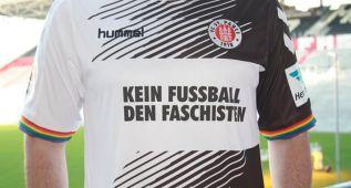 """El Sankt Pauli alemán jugará con camiseta """"antifascista"""""""