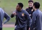 Robinho abandona Santos y ficha por Atlético Mineiro