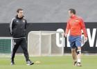 Alcácer y Enzo Pérez regresan al rescate del Valencia