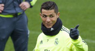 Gran ambiente en el entrenamiento del Real Madrid
