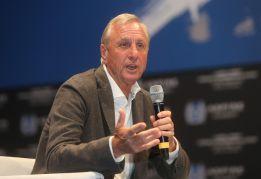 """""""Cruyff se emocionó"""" con el penalti homenaje de Messi"""
