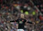 Rooney podría tener una lesión de rodilla: baja dos meses