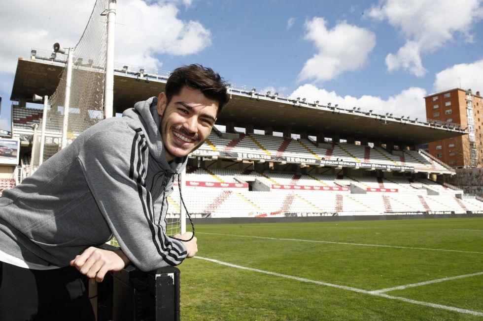 El Sevilla quiere a Jozabed para cubrir la salida de Ever Banega