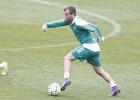 Rafael van der Vaart es ofrecido al Santos de Brasil