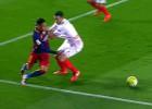 El Barça pidió penalti en un empujón de Rami a Neymar