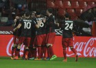 El Athletic gana en El Molinón y amenaza el quinto puesto