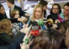 Cifuentes y Carmena lamentan los actos de los hinchas del PSV