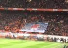 Holanda homenajeó a Cruyff: el partido se paró en el minuto 14
